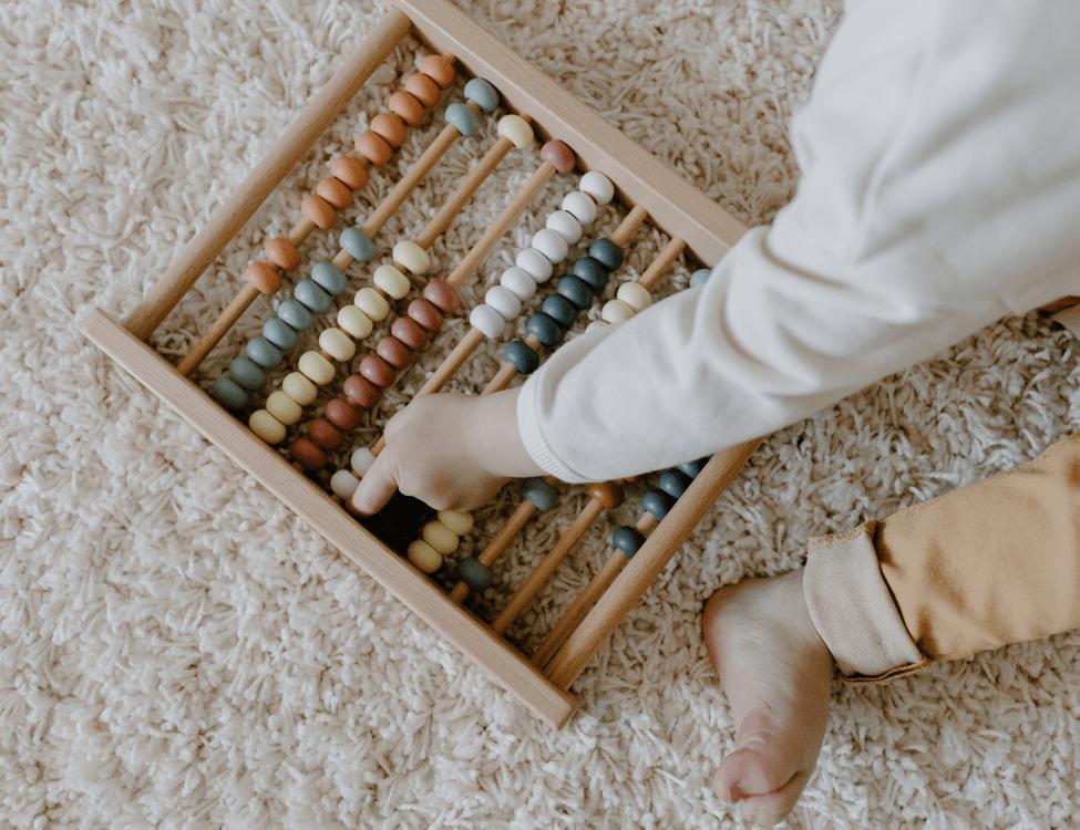 Un Nouveau Pas, accompagnement à la parentalité Vannes⎮éducation montessori